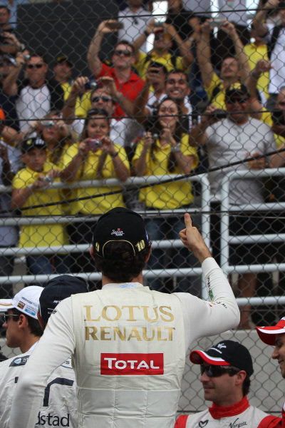 Bruno Senna (BRA) Lotus Renault GP on the drivers parade.