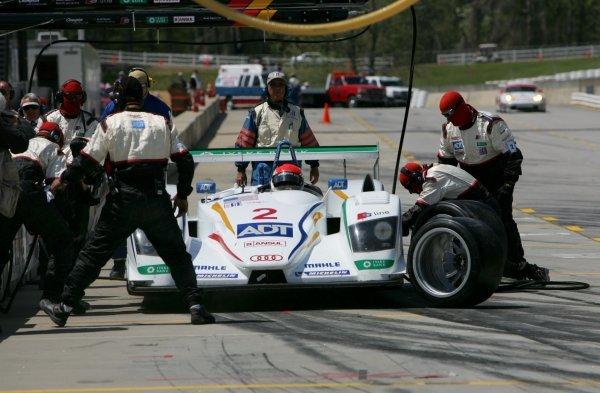 Emanuele Pirro (ITA) Champion Racing Audi R8 makes a pit stop. American Le Mans Series, Rd2, Road Atlanta, USA, 17 April 2005. DIGITAL IMAGE