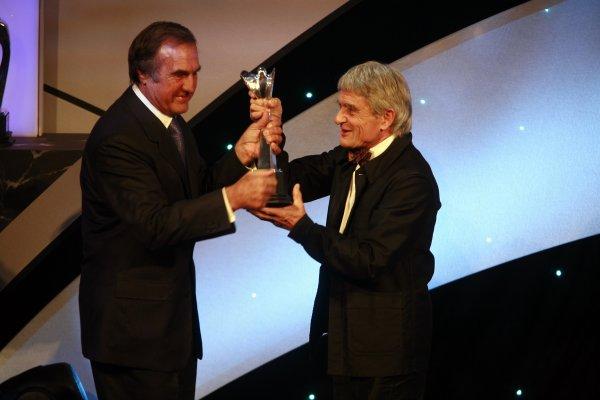 2006 Autosport AwardsGrosvenor House Hotel, London. 3rd December 2006.Carlos Reuteman presents Pierre Dupasquier Michelin with the John Bolster AwardWorld Copyright: Malcolm Griffiths/LAT Photographicref: Digital Image _MG_2447