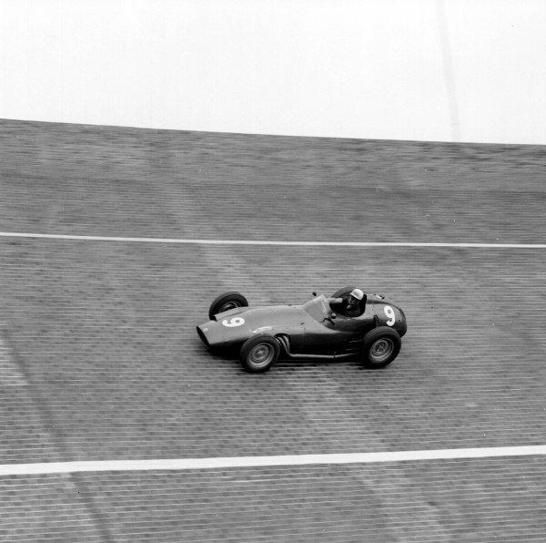 1959 German Grand Prix.Avus, Berlin, Germany.31/7-2/8 1959.Jo Bonnier (BRM P25).Ref-4676.World Copyright - LAT Photographic