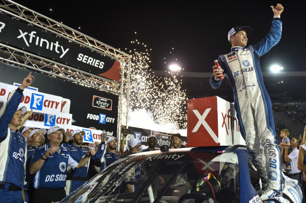 #42: Kyle Larson, Chip Ganassi Racing, Chevrolet Camaro DC Solar, wins the  Food City 300 at Bristol Motor Speedway.