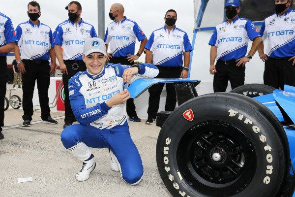 #10: Alex Palou, Chip Ganassi Racing Honda, NTT P1 Pole Award