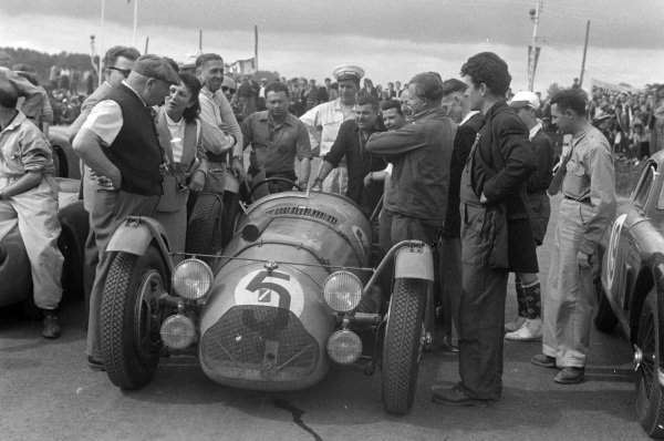 Louis Rosier / Jean-Louis Rosier, Talbot Lago T26GS, after the race.