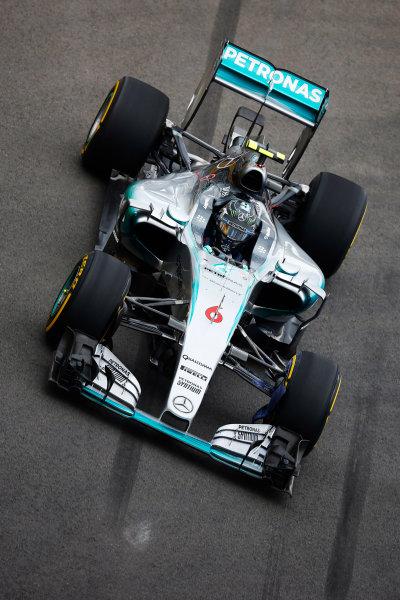 Sochi Autodrom, Sochi, Russia. Friday 9 October 2015. Nico Rosberg, Mercedes F1 W06 Hybrid. World Copyright: Charles Coates/LAT Photographic ref: Digital Image _J5R0023