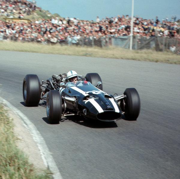 Zandvoort, Holland.22-24 July 1966.John Surtees (Cooper T81 Maserati).Ref-3/2293.World Copyright - LAT Photographic