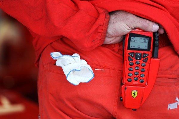 Ferrari mechanic team radio. Formula One Testing, Day Three, Algarve Motor Park, Portimao, Portugal, 17 December 2008.