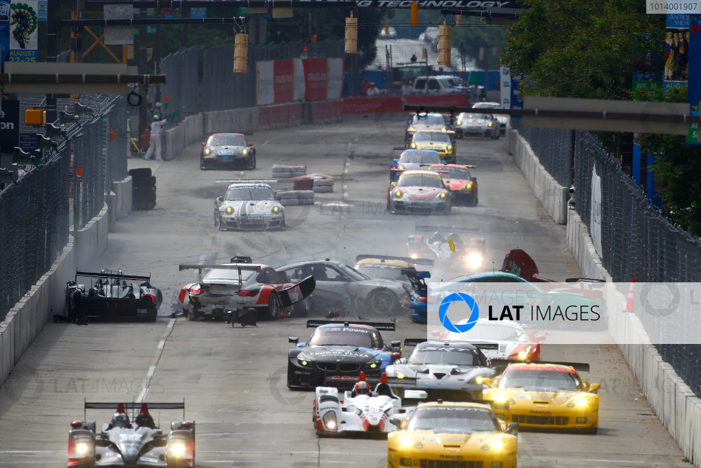 30-31 August, 2013, Baltimore, Maryland USA Scott Tucker spins and precipitates a chain reaction crash at the start involving Tom Kimber-Smith, Wolf Henzler, Olivier Beretta and Bryce Miller ©2013, Phillip Abbott LAT Photo USA