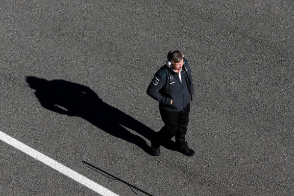 Circuito de Jerez, Jerez de la Frontera, Spain, 4th February 2013 Ross Brawn, Team Principal, Mercedes AMG, oversees the warming up of the new Mercedes W04. World Copyright: Alastair Staley/LAT Photographic ref: _R6T7003