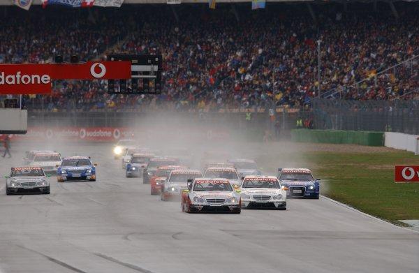 2005 DTM ChampionshipHockenheim, Germany. 21st - 23rd October 2005.Start of the race.World Copyright: Andre Irlmeier/LAT Photographicref: Digital Image Only