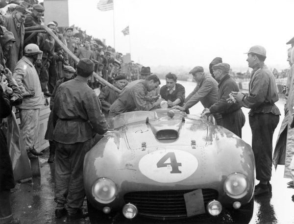 1954 Le Mans 24 hours.