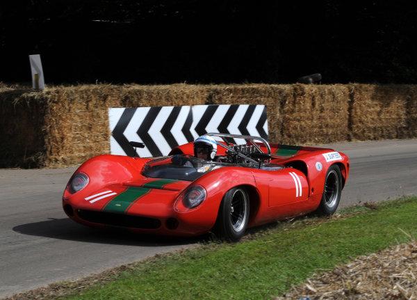 2016 Goodwood Festival of Speed Goodwood Estate, West Sussex,England 23rd - 26th June 2016 John Surtees Lola T70 World Copyright : Jeff Bloxham/LAT Photographic Ref : Digital Image