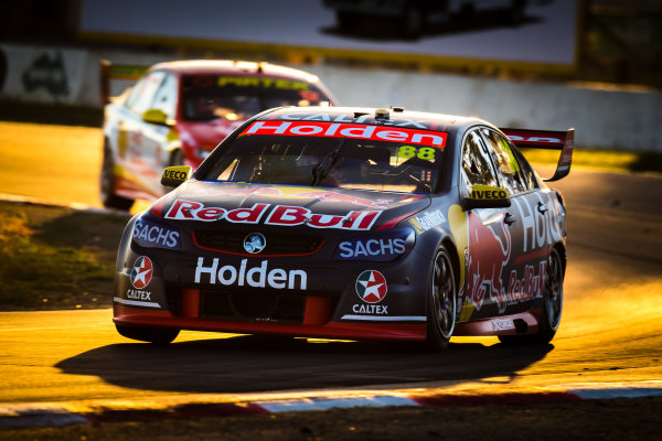 2017 Supercars Championship Round 5.  Winton SuperSprint, Winton Raceway, Victoria, Australia. Friday May 19th to Sunday May 21st 2017. Jamie Whincup drives the #88 Red Bull Holden Racing Team Holden Commodore VF. World Copyright: Daniel Kalisz/LAT Images Ref: Digital Image 200517_VASCR5_DKIMG_5833.JPG
