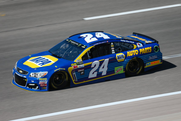 Monster Energy NASCAR Cup Series Go Bowling 400 Kansas Speedway, Kansas City, KS USA Friday 12 May 2017 Chase Elliott, Hendrick Motorsports, NAPA Chevrolet SS World Copyright: Barry Cantrell LAT Images ref: Digital Image 17KAN1bc1114