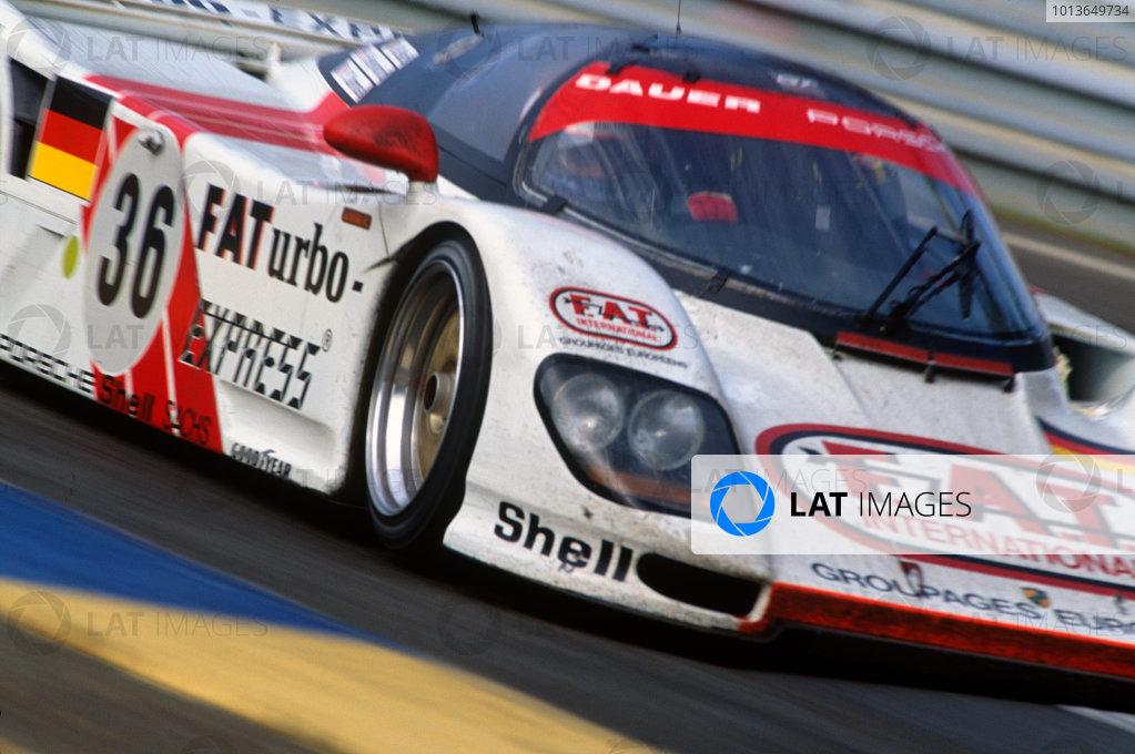 Le Mans, France. 18th - 19th June 1994.Yannick Dalmas/Hurley Haywood/Mauro Baldi (Dauer 962 Le Mans Porsche), 1st position, action. World Copyright: LAT Photographic.Ref:  94LM05.