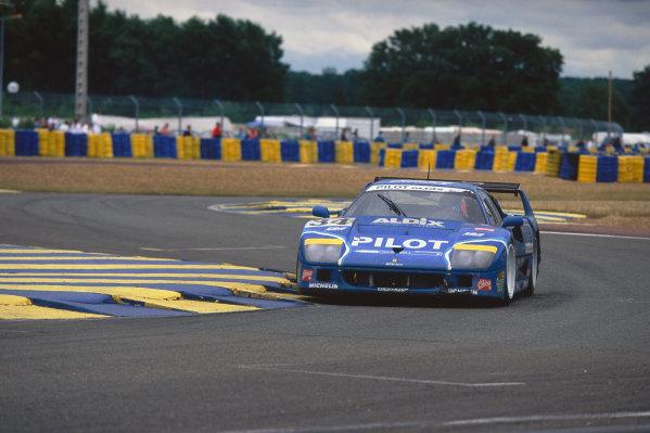 1995 Le Mans 24 Hours. Le Mans, France. 17th - 18th June 1995. Michel Ferte/Olivier Thevenin/Carlos Palau (Ferrari F40 LM), 12th position, action.  World Copyright: LAT Photographic. Ref:  95LM31
