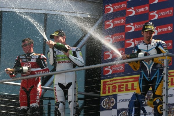 2007 World Superbike Championship. Brands Hatch, England. 3rd - 5th August 2007. James Toseland, Troy Corser and Max Biaggi celebrate on the podium, race one. World Copyright: Kevin Wood/LAT Photographic ref: Digital Image