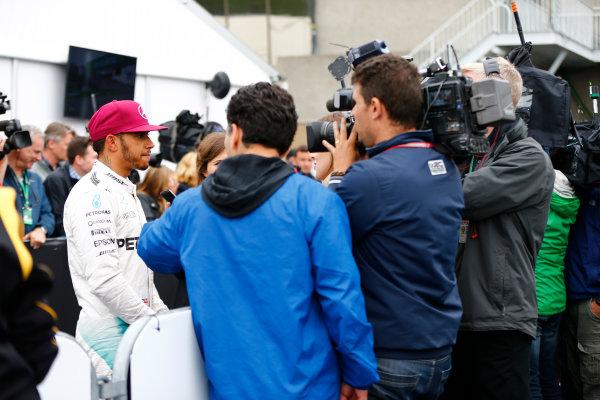 Circuit Gilles Villeneuve, Montreal, Canada. Saturday 11 June 2016. Pole man Lewis Hamilton, Mercedes AMG, speaks to the media. World Copyright: Andy Hone/LAT Photographic ref: Digital Image _ONZ0668