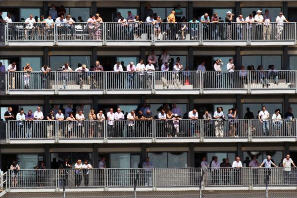 Fans. Formula One World Championship, Rd 10, British Grand Prix, Practice Day, Silverstone, England, Friday 9 July 2010.
