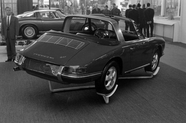Porsche 911 Targa 'Soft Window'