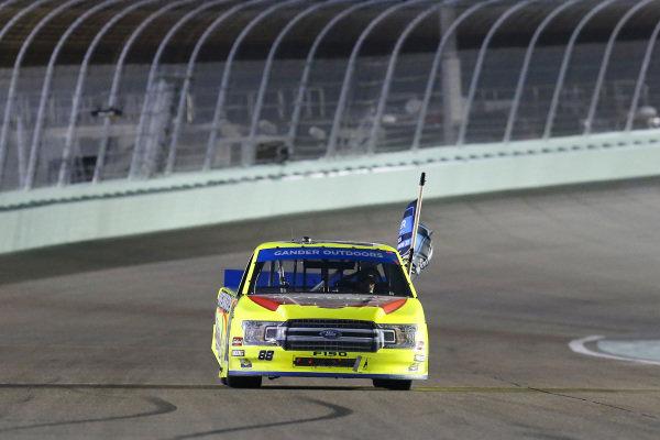 #88: Matt Crafton, ThorSport Racing, Ford F-150 Jack Links/ Menards celebrates his championship win