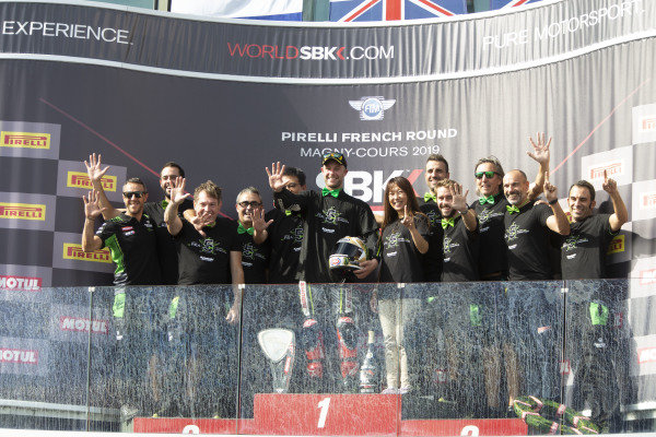 Jonathan Rea, Kawasaki Racing Team's team celebrates his 5th world title.