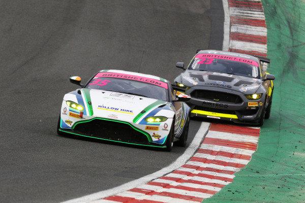 Connor O'Brien / Jack Butel Optimum Motorsport Aston Martin V8 Vantage GT4