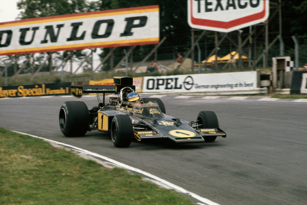 Brands Hatch, England. 18-20 July 1974. Ronnie Peterson, Lotus 72E-Ford, 10th position. Action. Ref: 74GB10. World Copyright - LAT Photographic