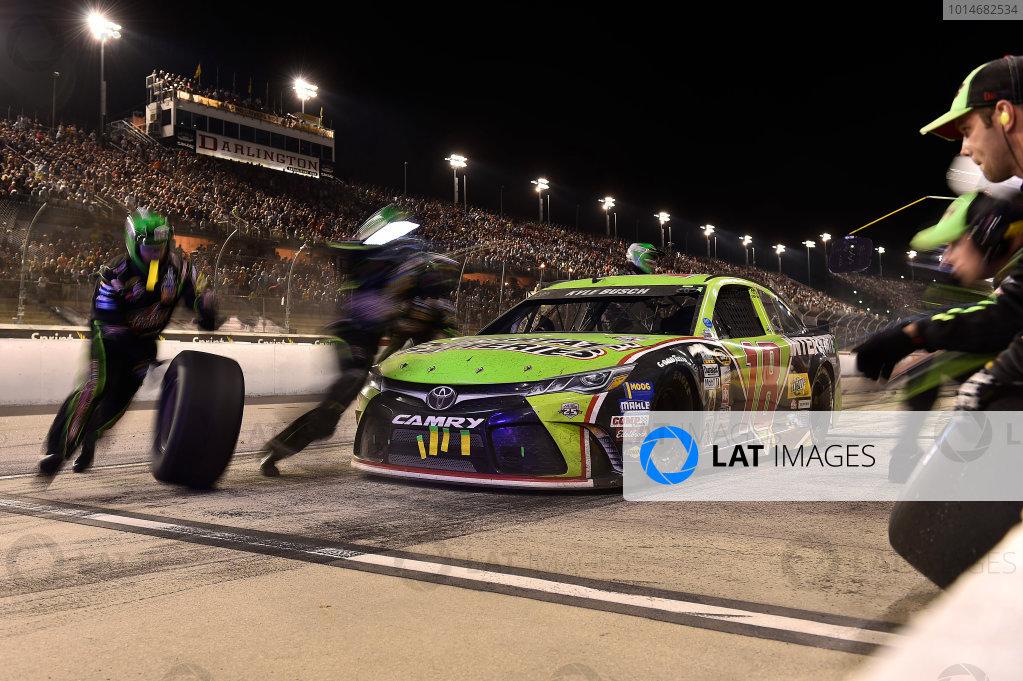 3-4 September, 2016, Darlington, South Carolina USA Kyle Busch, Interstate Batteries Toyota Camry (18) ?2015, John Harrelson / LAT Photo USA