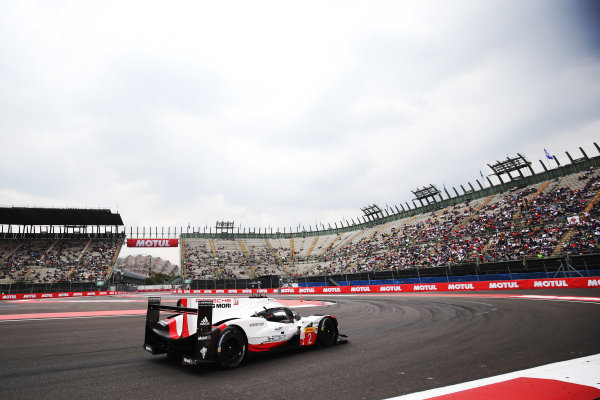 2017 World Endurance Championship, Mexico City, Mexico. 1st-3rd September 2017, #2 Porsche LMP Team Porsche 919 Hybrid: Timo Bernhard, Earl Bamber, Brendon Hartley  World copyright. JEP/LAT Images