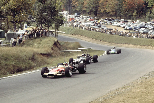 1968 Canadian Grand Prix.Mont-Tremblant, (St. Jovite), Quebec, Canada.20-22 September 1968.Bill Brack (Lotus 49B Ford) followed by Vic Elford (Cooper T86B Maserati) and Henri Pescarolo (Matra MS11).Ref-68 CAN 01.World Copyright - LAT Photographic
