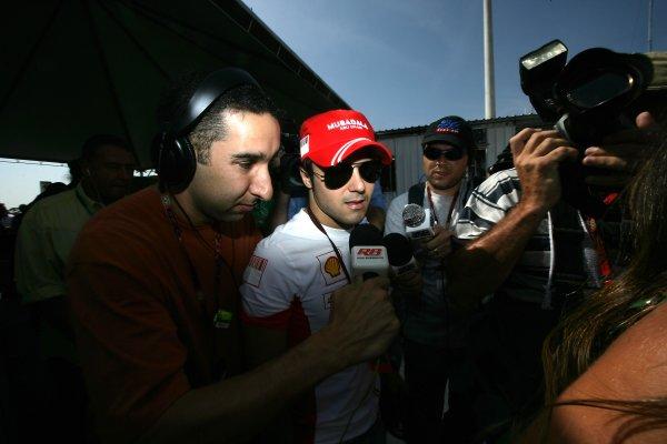 2007 Brazilian Grand Prix - Sinday RaceInterlagos, Sao Paulo, Brazil21st October 2007.Felipe Massa, Ferrari F2007, is interviewed. Portrait. Media.World Copyright: Andrew Ferraro/LAT Photographicref: Digital Image VY9E7596