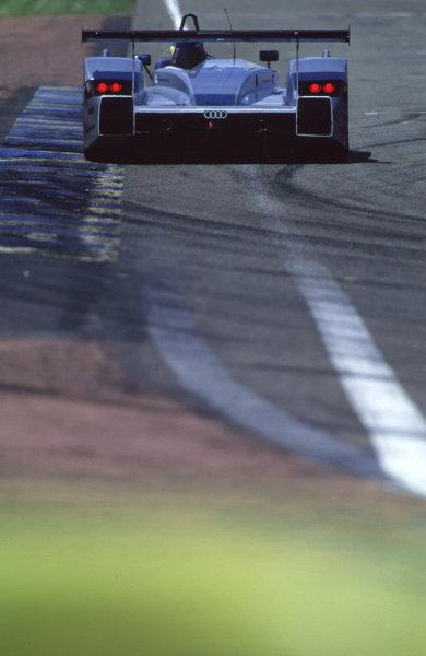 2000 Le Mans Pre-Qualifying.Le Mans, France.29-30 April 2000.Christian Abt/Michele Alboreto/Rinaldo Capello (Audi R8).World - Bellanca/LAT Photographic