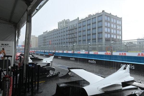 Venturi Racing, Silver Arrow 02 team member in the rain
