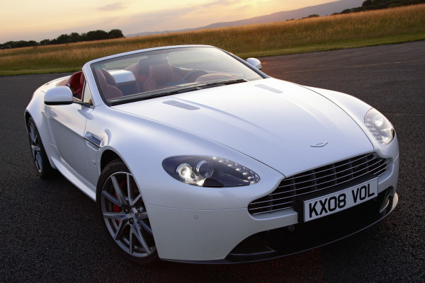 Aston Martin V8 Vantage Roadster, 2011. Mainz-Finthen, Germany.