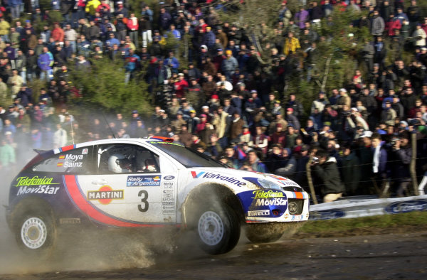 2001 World Rally Championship. ArgentinaMay 3rd-6th, 2001Carlos Sainz on stage 9.Photo: Ralph Hardwick/LAT