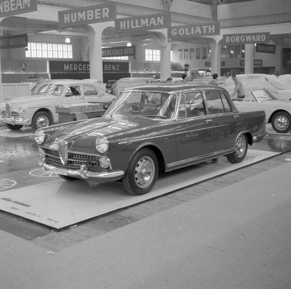 Alfa Romeo 2000 Berlina.