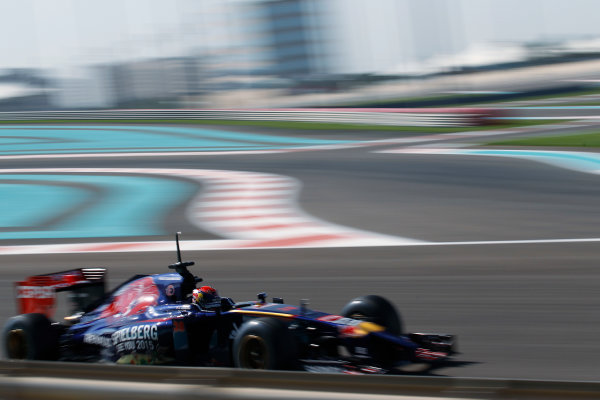Yas Marina Circuit, Abu Dhabi, United Arab Emirates. Wednesday 26 November 2014. Max Verstappen, Toro Rosso STR9 Renault.  World Copyright: Sam Bloxham/LAT Photographic. ref: Digital Image _G7C9222