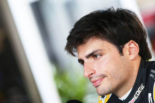 Circuit of the Americas, Austin, Texas, United States of America. Thursday 19 October 2017. Carlos Sainz Jr, Renault Sport F1. World Copyright: Charles Coates/LAT Images  ref: Digital Image AN7T1247