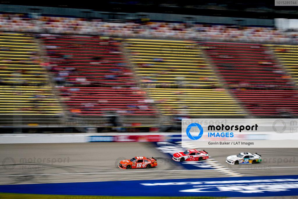 #18: Kyle Busch, Joe Gibbs Racing, Toyota Camry Maltesers
