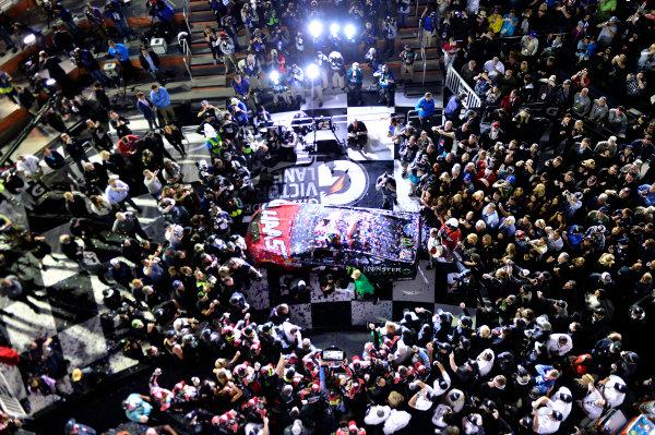 2017 NASCAR Monster Energy Cup - Daytona 500 Daytona International Speedway, Daytona Beach, FL USA Sunday 26 February 2017 Kurt Busch, celebrates after winning the Daytona 500. World Copyright: John K Harrelson / LAT Images ref: Digital Image 17DAY2jh_08661