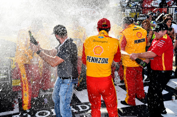 Monster Energy NASCAR Cup Series Toyota Owners 400 Richmond International Raceway, Richmond, VA USA Sunday 30 April 2017 Joey Logano, Team Penske, Shell Pennzoil Ford Fusion wins. World Copyright: Rusty Jarrett LAT Images ref: Digital Image 17RIC1rj_4445