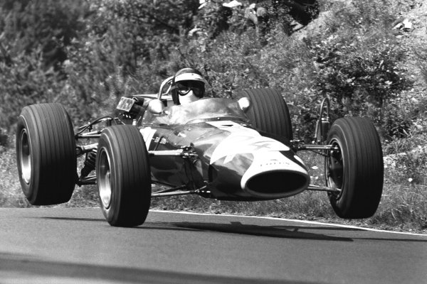 Nurburgring, Germany. 6th August 1967.Jackie Oliver (Lotus 48-Cosworth), 5th overall and 1st position in F2 Class, action.World Copyright: LAT Photographic.