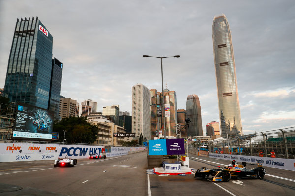 2017/2018 FIA Formula E Championship. Round 1 - Hong Kong, China. Saturday 02 December 2017.Andre Lotterer (BEL), TECHEETAH, Renault Z.E. 17. Photo: Sam Bloxham/LAT/Formula E ref: Digital Image _J6I3789