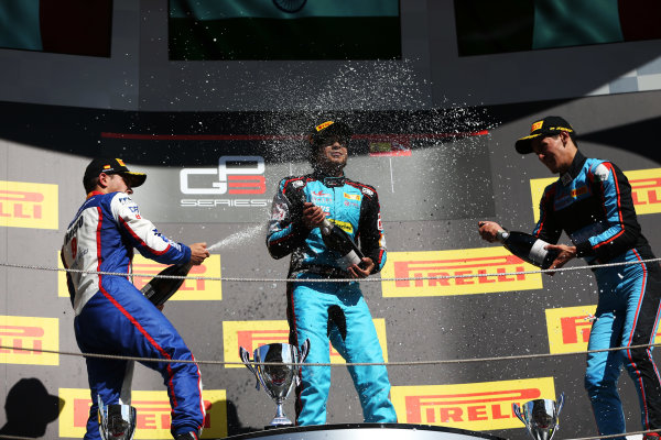 Circuit de Catalunya, Barcelona, Spain. Sunday 14 May 2017 Arjun Maini (IND, Jenzer Motorsport) Dorian Boccolacci (FRA, Trident) and Alessio Lorandi (ITA, Jenzer Motorsport)  Photo: /GP3 Series Media Service ref: Digital Image JL1_0168