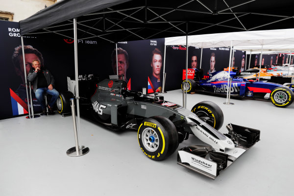 F1 Live London. London, United Kingdom. Haas, Toro Rosso, McLaren and Williams Formula 1 cars under awnings ahead of the London street demonstration. Wednesday 12 July 2017.  World Copyright: Zak Mauger/LAT Images ref: Digital Image: _56I5441