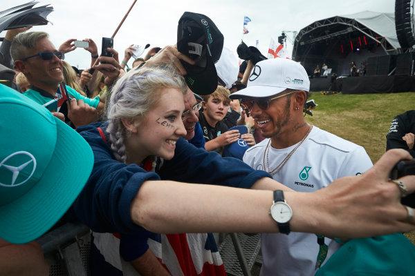 Silverstone, Northamptonshire, UK.  Sunday 16 July 2017. Lewis Hamilton, Mercedes AMG, meets fans after the race. World Copyright: Steve Etherington/LAT Images  ref: Digital Image SNE10685