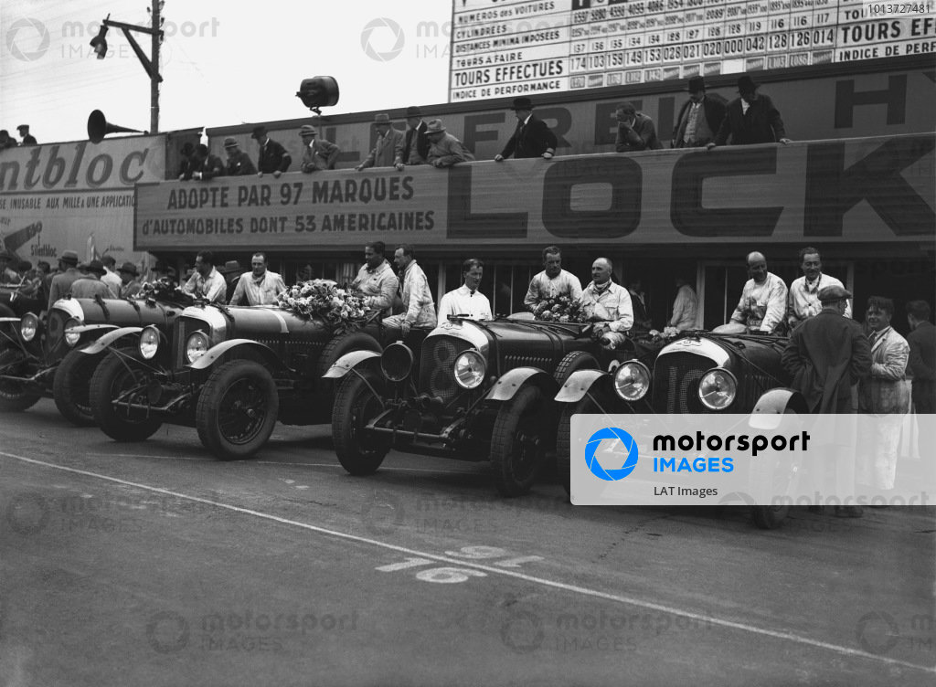 Le Mans, France. 15th - 16th June 1929.The winning Bentley Speed Six team left-to right: Jack Dunfee/Glen Kidston (number 9), Woolf Barnato/Henry