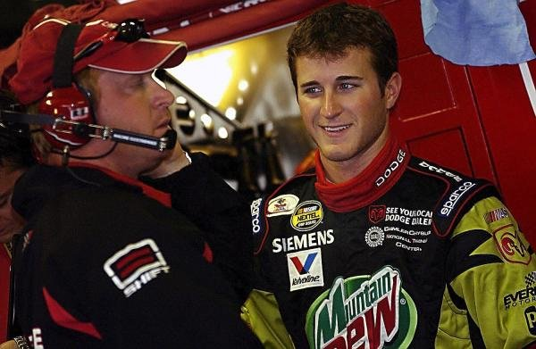 Second placed Kasey Kahne (USA) Evernham Motorsports Dodge Dealers / UAW Dodge (Right) chats with Crew Chief Tommy Baldwin (USA) (Left).NASCAR Nextel Cup Series, Rd 15, DHL 400, Michigan International Speedway, Brooklyn, Michigan, USA, 20 June 2004.DIGITAL IMAGE