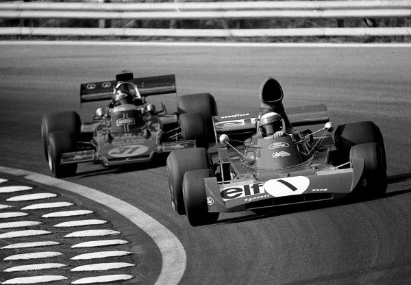 Jackie Stewart (GBR) Tyrrell 005 led eventual winner Emerson Fittipaldi (BRA) Lotus 72D for many laps before slowing with handling problems at Austrian GP, Osterreichring, 13 August 1972