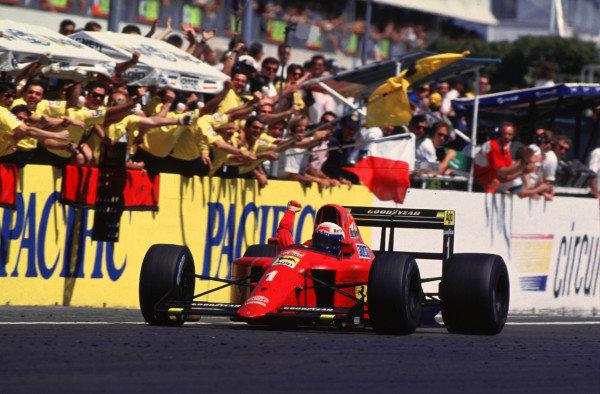1990 French Grand Prix.Paul Ricard, Le Castellet, France.6-8 July 1990.Alain Prost (Ferrari 641) 1st position.World Copyright - LAT Photographicref: 90 FRA 08